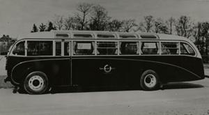 Scania-Vabis-buss av turisttyp med öppningsbart soltak